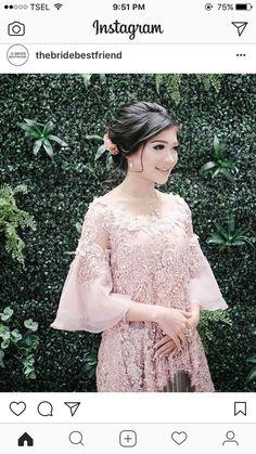 34 Ideas Fashion Hijab Remaja Smp For 2019 Kebaya Lace, Kebaya Hijab, Kebaya Brokat, Dress Brokat, Kebaya Dress, Batik Kebaya, Kebaya Muslim, Batik Dress, Lace Dress