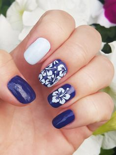The Unail Nail Stencil Set – Aloha pattern design. Unail Stencil Set – is a collection of nail art stencils used to create incredible designs on women's nails in the comfort of their home of in the beauty salon. This is a great DIY product that makes nail art easy, fun and inexpensive. Unail Stencil Sets help you to achieve the creativity and individuality through your nail art that you always dreamed of. You can use any type of nail polish and any color. More than that, different…