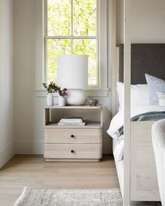 McGee & Co. (@mcgeeandco) • Instagram photos and videos Star Bedroom, Modern Bedroom Decor, Dresser As Nightstand, Bedside, Pop Up Shops, Drawer Fronts, Home Remodeling, Upholstery, Table Lamp