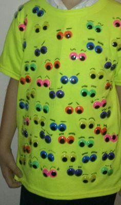 100 days of school! 100 googly eyes glue onto bright t-shirt . clothing sharpie for eyebrows! Cute kids love it! 100 Day Shirt Ideas, Mason School, 100 Days Of School, Sunday School, School Stuff, School Themes, School Ideas, Crazy Hat Day, School Parties