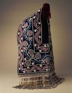 """1840-1860 Cree (First Nations) Hood at the Birmingham Museums, Birmingham - From the curators' comments: """"This type of decorated woollen cloth hood was made by the women of the James Bay Cree of northern Ontario, Canada. Beaded hoods were traditionally worn by both men and women in the Fort Albany area of James Bay...This particular type was worn by high-ranking married Cree women, the designs influenced to some extent by 19th century European decorative arts and the 'language of flowers'."""""""