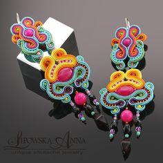 676 Anna Lipowska Lianna Jewelry braid soutache www. Soutache Earrings, Jewellery Earrings, Diy Jewellery, Jewelry Crafts, Shibori, Beaded Embroidery, Random Things, Beading, Projects To Try