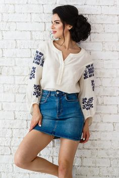 Amazing Sewing Patterns Clone Your Clothes Ideas. Enchanting Sewing Patterns Clone Your Clothes Ideas. Latest Top Designs, Latest Tops, Blouse Styles, Blouse Designs, Sewing Clothes, Diy Clothes, Dress Outfits, Fashion Outfits, Womens Fashion