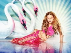 David LaChapelle Mythical Swans: Madonna, New York, Rolling Stone Photo: courtesy Pink Shrimp Fine Art David Lachapelle, Annie Leibovitz, Swans, Britney Spears, Rich Girls, Divas, Madonna Photos, Pin Up, Cecil Beaton