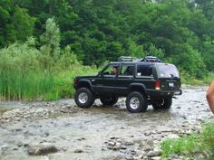jeep cherokee lifted | lifted jeep cherokee.  https://www.pinterest.com/dapoirier/4x4-and-trucks/
