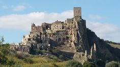 """Visit Craco, the """"Ghost town"""" of Basilicata and the ultimate experience in South of Italy Italy Vacation, Italy Travel, Italy Trip, Cities In Italy, Italy Holidays, Italy Tours, Next Holiday, Ghost Towns, Trip Planning"""