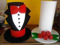 Resultado de imagen para sombreros locos para niño Crazy Hat Day, Funny Hats, Hat Tutorial, Ideas Para Fiestas, Diy And Crafts, Marriage, Homemade, Halloween, Create