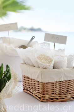 Baskets filled with lace rice cones!