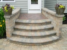 42 Ideas Paver Patio Steps Patterns For 2019 Patio Stairs, Concrete Stairs, Patio Wall, Backyard Patio, Front Porch Steps, Steps To Patio, Outdoor Steps, Brick Steps, Wood Steps