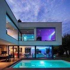 Modern Exterior House Designs, Dream House Exterior, Modern Architecture House, Modern House Design, Modern Houses, Modern Mansion Interior, Modern Style Homes, Ultra Modern Homes, Luxury Homes Dream Houses