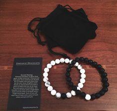 "#socialmedia RT AlphaAcessories: ""Distance"" Bracelets 1 wears white 1 wears black Stay connected wherever http://pic.twitter.com/MfI9Vctlia Social Marketing Pro (@Social_MKT_) September 10 2016"