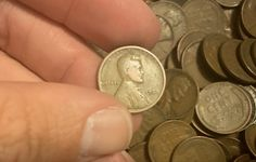 How Much Is A 1920 Penny Worth? See the value of a 1920 Wheat Penny with no mintmark, a Penny, and a Penny + A list of rare 1920 penny errors to look for. Valuable Pennies, Rare Pennies, Valuable Coins, Antique Coins, Old Coins, Rare Coins, Coin Collection Value, Wheat Penny Value, Penny Values