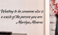 SOMEONE ELSE MARILYN MONROE QUOTE TYPE 3 WALL ART STICKER EXTRA LARGE VINYL DECAL