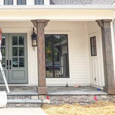 Building A House Architecture Design Front Porch Posts, Front Porch Columns, Farmhouse Front Porches, Front Porch Addition, Craftsman Porch, Porch Beams, Porch Wood, Building A Porch, Building A House