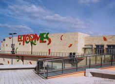 Centro Comercial El Tormes. Salamanca, España.
