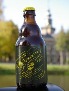Over Nijenrode Bier Utrecht, Typical Dutch Food, Epic Of Gilgamesh, Carolingian, Beer Bottles, Dutch Recipes, Types Of Plants, Claude Monet, Ale