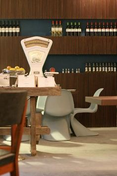 Lissabon: The Decadente Restaurant & Bar