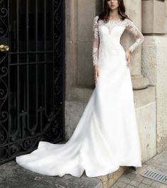 Check out the best seller with amazing prices on the biggest online stores over the world. Fill in your wishlist today! Wedding Dresses 2018, Elegant Wedding Dress, Wedding Dress Styles, Elegant Dresses, Bridal Dresses, Beautiful Dresses, Lace Applique, Mermaid Wedding, Appliques