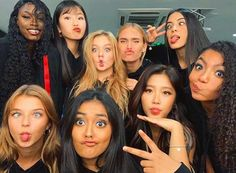 Friends Forever, Best Friends, Bailey May, Love Now, Poses, Friend Pictures, Pop Group, Savannah Chat, Girl Power