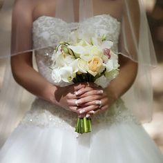 Букет невесты в нежных тонах. #букетневесты#нежный#букетдляневесты#свадебныйбукет#каллы#букетскаллами#букеткаллы Смоьрите это фото от @maryflower.msk на Instagram • Отметки «Нравится»: 35