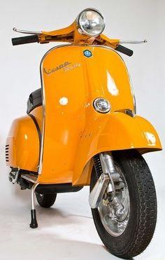 Piaggio Vespa, Moto Vespa, Moto Scooter, Vespa Ape, Lambretta Scooter, Motorcycle Bike, Triumph Motorcycles, Vintage Motorcycles, Vintage Vespa