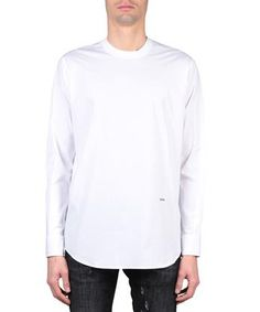 Dsquared2 spring/summer 2017 long sleeves cotton poplin shirt in white. Silver-toned tag at front with embossed logo. Composition: 100% cotton.