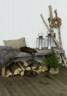 Home Garden Equipment Patio Design, Garden Inspiration, Container Gardening, Firewood, Retro, Living Room, Html, Deck, Crafts