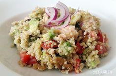 Ensalada de quinoa con atún y aguacate