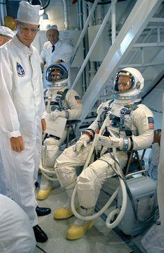 Gemini 11 crew, getting ready to board GT-11 spacecraft
