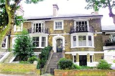 How to buy a cut price home (like this one) at auction