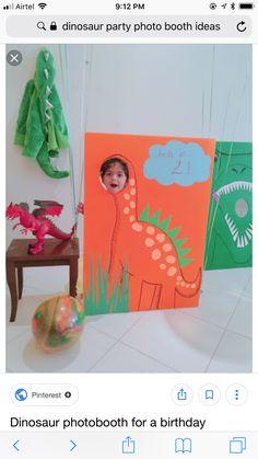 Dinosaur photobooth for a birthday party - Modern - ELİNA 3 Year Old Birthday Party Boy, Trains Birthday Party, 4th Birthday, Birthday Ideas, Dinosaur Train Party, Dinosaur Birthday Party, Birthday Party Decorations Diy, Ideas Party, Boys