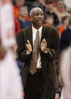 Men's Basketball Coach Louis Orr