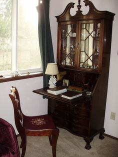 Front room / Library Secretary desk w/ drawers for storage Furniture Styles, Dining Furniture, Small China Cabinet, Ikea Organization Hacks, Antique Secretary Desks, Luxury Office, Cottage Interiors, Decorating Your Home, Accent Cabinets