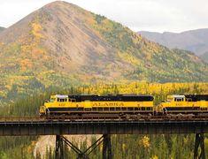 Alaska Railroad - Alaska's National Parks by Rail Vacation Package