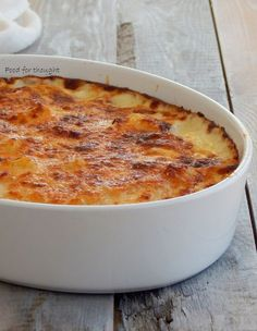 Food for thought: Πατάτες ογκραντέν Greek Desserts, Greek Recipes, Cookbook Recipes, Dessert Recipes, Cooking Recipes, Vegetarian Side Dishes, Kid Friendly Meals, Potato Recipes, Food For Thought