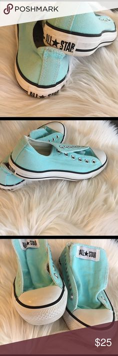 🎀 Teal Converse 8 8, no laces, worn but great condition! Converse Shoes