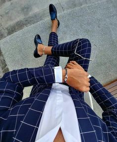 Plaid blue suit menswear - My Style - dapper men's wear - Anzug Terno Casual, Casual Attire, Checkered Suit, Blazer Outfits Men, Moda Formal, Mode Costume, Designer Suits For Men, Herren Style, Herren Outfit