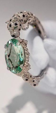 emilanton: Cartier, panther bracelet with green beryl