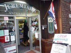 Jeremiah's Antique Shoppes, Putnam CT: http://visitingnewengland.com/putnam-ct.html