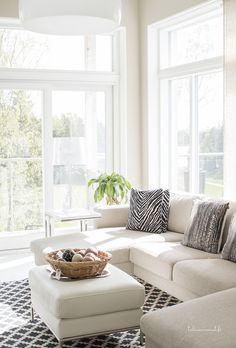 Ikkunat, lakka kivitalot