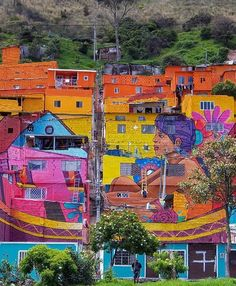 Your weekend portion of streetart it took 2 months to paint it. It's the biggest mural in Colombia, made in Bogota by @inkcrewco & @fcolombia and yes the streets of this community are as colorful as the mural itself. Pic taken by @purpurall #discover #explore #colombia #bogota #streetart #murals #murales #kolumbia #art #colors #fromwhereistand #streetartist #streetphotography #street #barrio #barriolospuentes #podróże #viajes #viajeros #sztukaulicy #river #rio #inspireyourself
