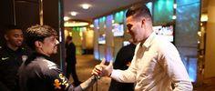 O grupo da Seleção Brasileira está completo em Melbourne. Ederson chegou ao Hotel Grand Hyatt na noite desta quinta-feira (8) e já se juntou ao restante do elenco. O goleiro havia sido liberado para se apresentar alguns dias depois por conta do nascimento de sua filha. Yasmin veio ao mundo na...