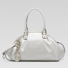 54127c13edf Gucci 223974 A3y0g 9022 Sukey Medium Boston Bag Gucci Damen Handtaschen