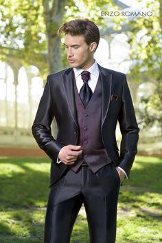 Enzo Romano – Nahomy B – Join the world of pin Tuxedo Dress, Tuxedo Suit, Tuxedo For Men, White Tie Wedding, Wedding Suits, Men's Tuxedo Styles, Style Costume Homme, Moda Men, Mens Fashion Shoes