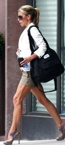 Kelly Ripa..Look at those legs!