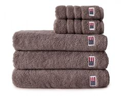 """Lexington soft and heavy terry towel in 600 g combed cotton.  Washcloth: 30cm x 30 cm / 12' x 12' Small Hand Towel = 30cm x 50cm / 12"""" x 20"""" Large Hand Towel = 50cm x 70cm / 20"""" x 28"""" Bath Towel = 70cm x 130cm / 28"""" x 50"""" Bath Sheet = 100cm x 150cm / 40"""" x 60"""" 100% Terry Cotton"""