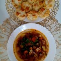 Paraszt gulyás Chicken, Meat, Recipes, Food, Eten, Recipies, Ripped Recipes, Recipe, Meals