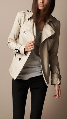 Burberry Brit Short Cotton Gabardine Pin Tuck Trench Coat - need that jacket. Short Trench Coat, Trench Coat Outfit, Trench Jacket, Burberry Shorts, Burberry Brit, Burberry Trench, Burberry Women, Coats For Women, Autumn Winter Fashion