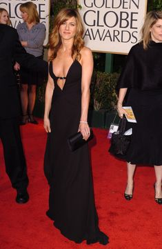 Jennifer Aniston's Sexiest Moments Will Have You Reaching For a Tall Glass of Cold Water - Christmas-Desserts Friends Jennifer Aniston, Jennifer Aniston Oscar, Jennifer Aniston Dress, Jeniffer Aniston, Jennifer Aniston Pictures, Vestidos Fashion, Hollywood, Celebs, Celebrities