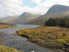 Glen Lyon Feature Page on Undiscovered Scotland